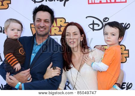 LOS ANGELES - OCT 1:  Stephen Full, Annie Wersching, Ozzie Wersching Full, Freddie Wersching Full at the VIP Disney Halloween Event on October 1, 2014 in Glendale, CA