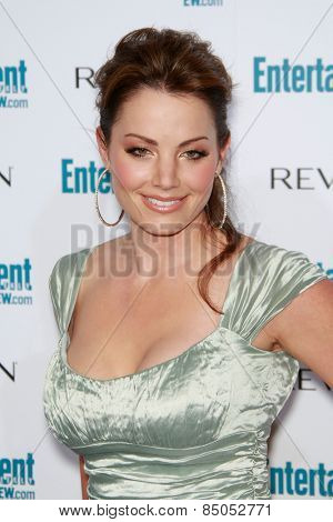 BEVERLY HILLS - SEP 20: Erica Durance at the 6th Annual Entertainment Weekly Pre-EMMY party  on September 20, 2008 in Beverly Hills, California