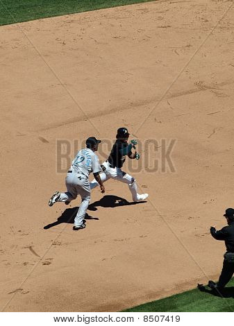 Athletics Coco Crisp Is Ran After By Blue Jays Ss Yunel Escobar During A Run Down Play
