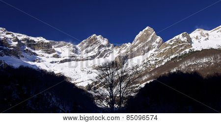 Pineta Peak, 2860 m. and Forcarral Peak, 2717 m. Pineta Valley, Pyrenees, Huesca, Aragon, Spain.
