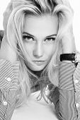 picture of ordinary woman  - Black and white casual portrait of young beautiful blonde woman - JPG