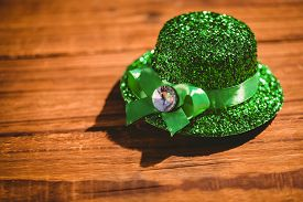 foto of st patty  - St patricks day hat on wooden table - JPG