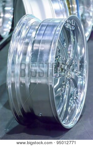 Blur magnesium alloy wheel or mag wheel or max wheels of Car
