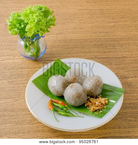 Thai Dessert Of Tapioca Balls Served With Lettuce