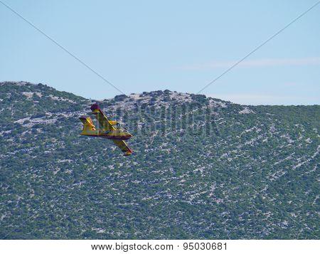 A croatian aeroplane of the fireguard