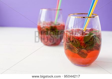 strawberry mohito coctail