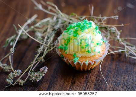 Muffin with thyme