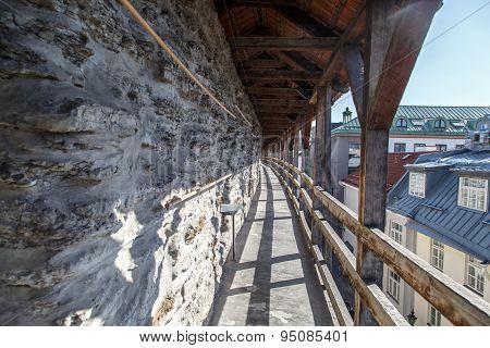 Tallin Walls