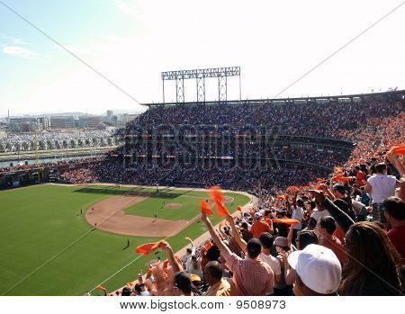 Fans Wave Orange Towels To Celebrate Giants Hit On Offense