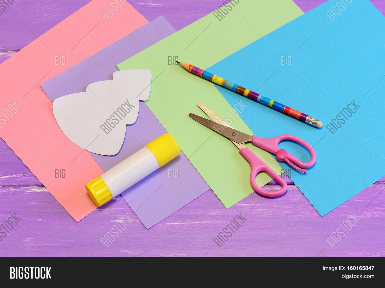Как сделать открытку из бумаги и карандаша