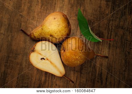 Close-up image of pears placed on counter-top