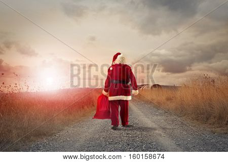 Santa goes to the countryside