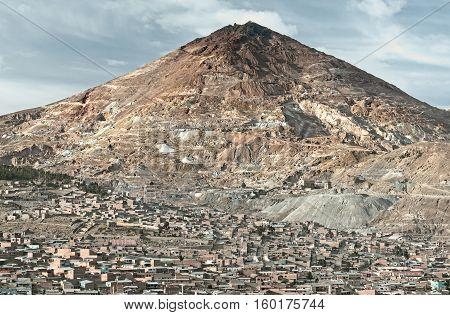 El Cerro Rico which translates