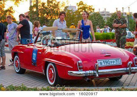 Red Mercedes-Benz 190 SL