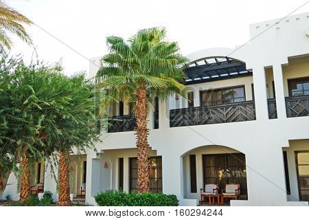 Luxurious and comfortable hotel with a garden