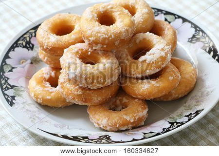 Traditional Malay/Indonesia fried donut coated with icing sugar
