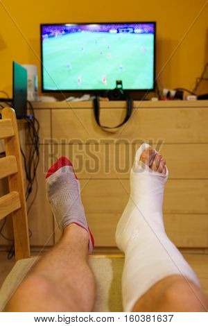 Watching Tv with broken right leg - ankle