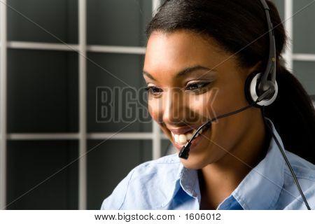 Representante de serviço ao cliente amigável