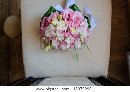 bride bouquet white roses and pink eustoma