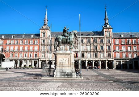 Statue of Philip III in foront of  his house on  Mayor plaza in the center of Madrid; Spain