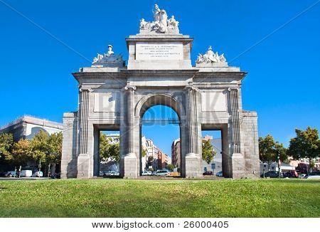 Toledos puerta o Puerta de Toledo en Madrid, España
