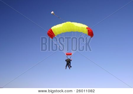 Paragliding duo in the air