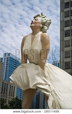Marilyn Monroe statue by Seward Johnson on Chicago's Magnificent Mile
