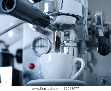 Preparing coffee with coffeemaker