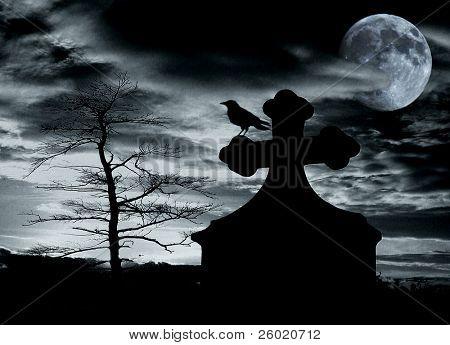 Escena de Halloween con el Cuervo en la tumba y Luna llena - ruido añadido por efecto