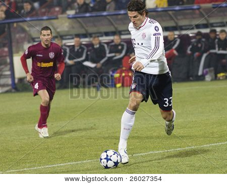 CLUJ-NAPOCA, ROMANIA - NOVEMBER 3: Mario Gomez in the UEFA Champions League match between CFR 1907 Cluj and FC Bayern Munchen - Cluj-Napoca, Romania on November 3, 2010