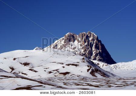 Campo Imperatore Mountains