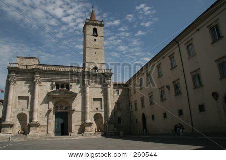 Duomo Piaaza Arringo