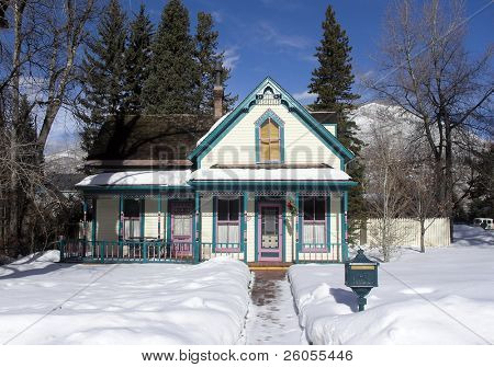 aspen victorian home winter time