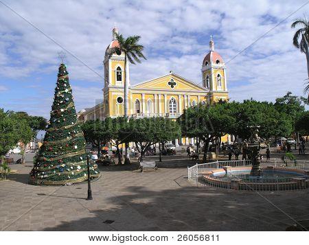 park central christmas granada nicaragua