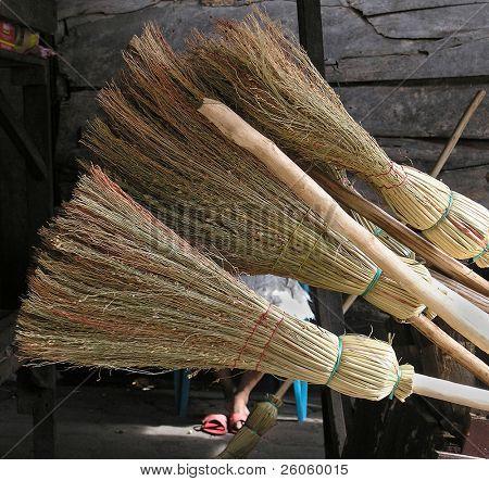 brooms in granada nicaragua