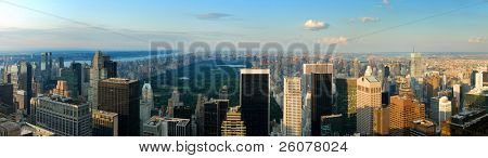New York City Skyline Panorama mit Central Park. Luftbild von Manhattan.