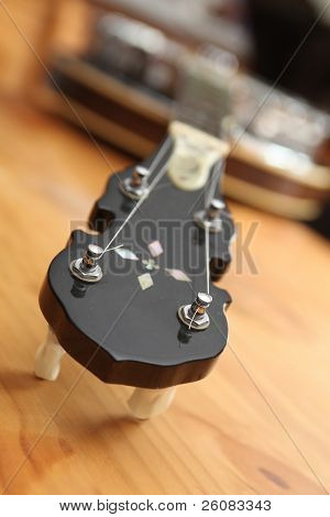 Banjo focused on chrome tuners