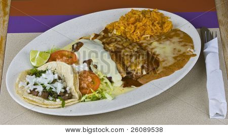 Healthy mexican meal, grilled beef and vegetables on plate