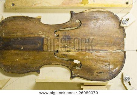 Jig for repairing violin