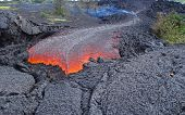 picture of orifice  - fresh lava flow from a volcano - JPG