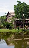 picture of longhouse  - longhouse in sarawak   - JPG