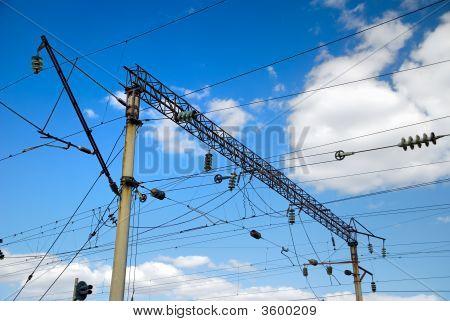 Eisenbahnstrecke Hochspannungs-Stromversorgungen
