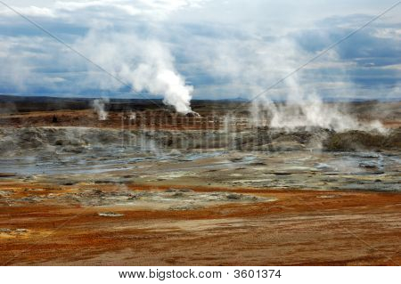 Geysers In Isandii