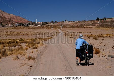 Cycling through the bolivian countryside