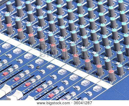 Audio Mixer.