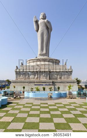 Buddha statue in the Hussain Sagar