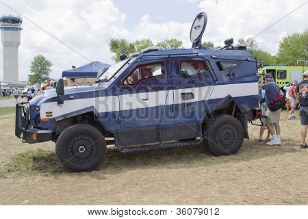 Blue And White Oshkosh Corp Tpv Miilitary Vehicle