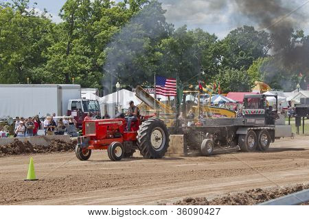 Red Allis Chalmers Tractor Pulling Weights