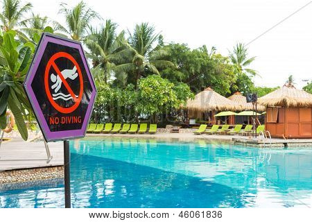 No Diving Signage At Swimming Pool