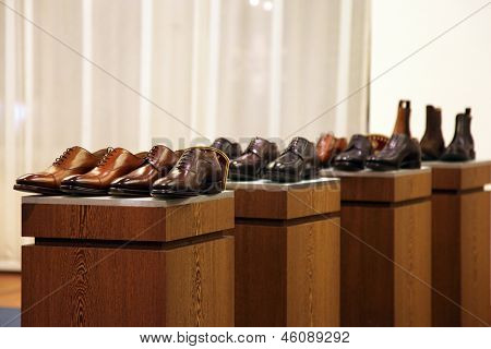 Mens Shoes In A Store Display